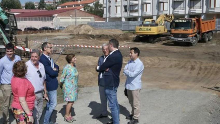 Visita a la parcela donde se ubicará el edificio